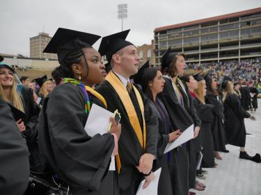 2016 graduates at commencement