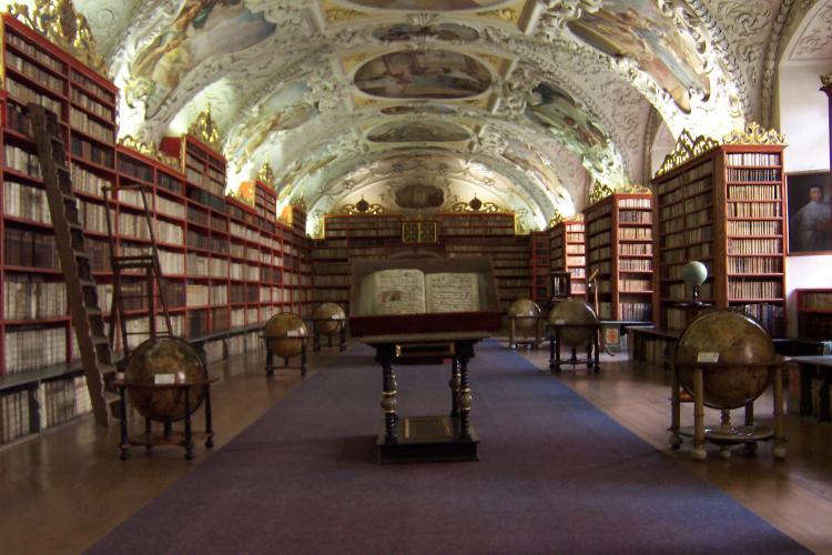 Sala_della_Teologia_-_Biblioteca_del_monastero_di_Strahov_-_Repubblica_Ceca