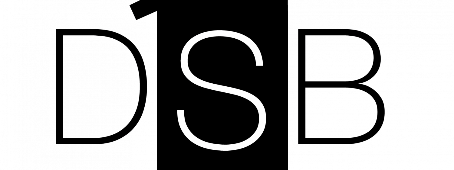 """DSB Logo. The letters """"DSB"""" with a illustration of a podium in between"""