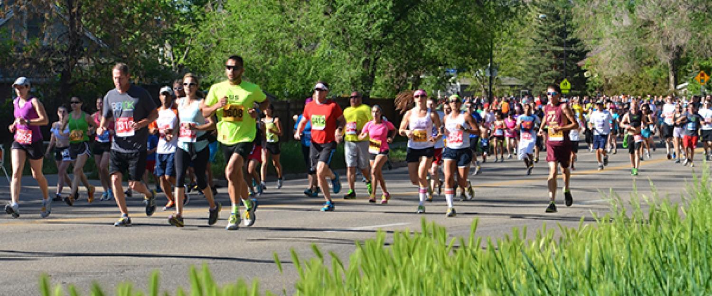 Runners during the Bolder Boulder 10K race