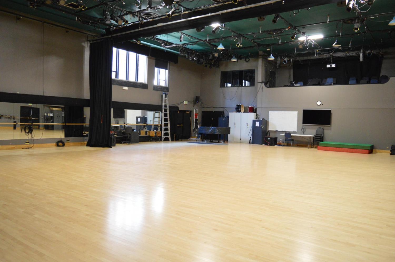 Dance Studio W150