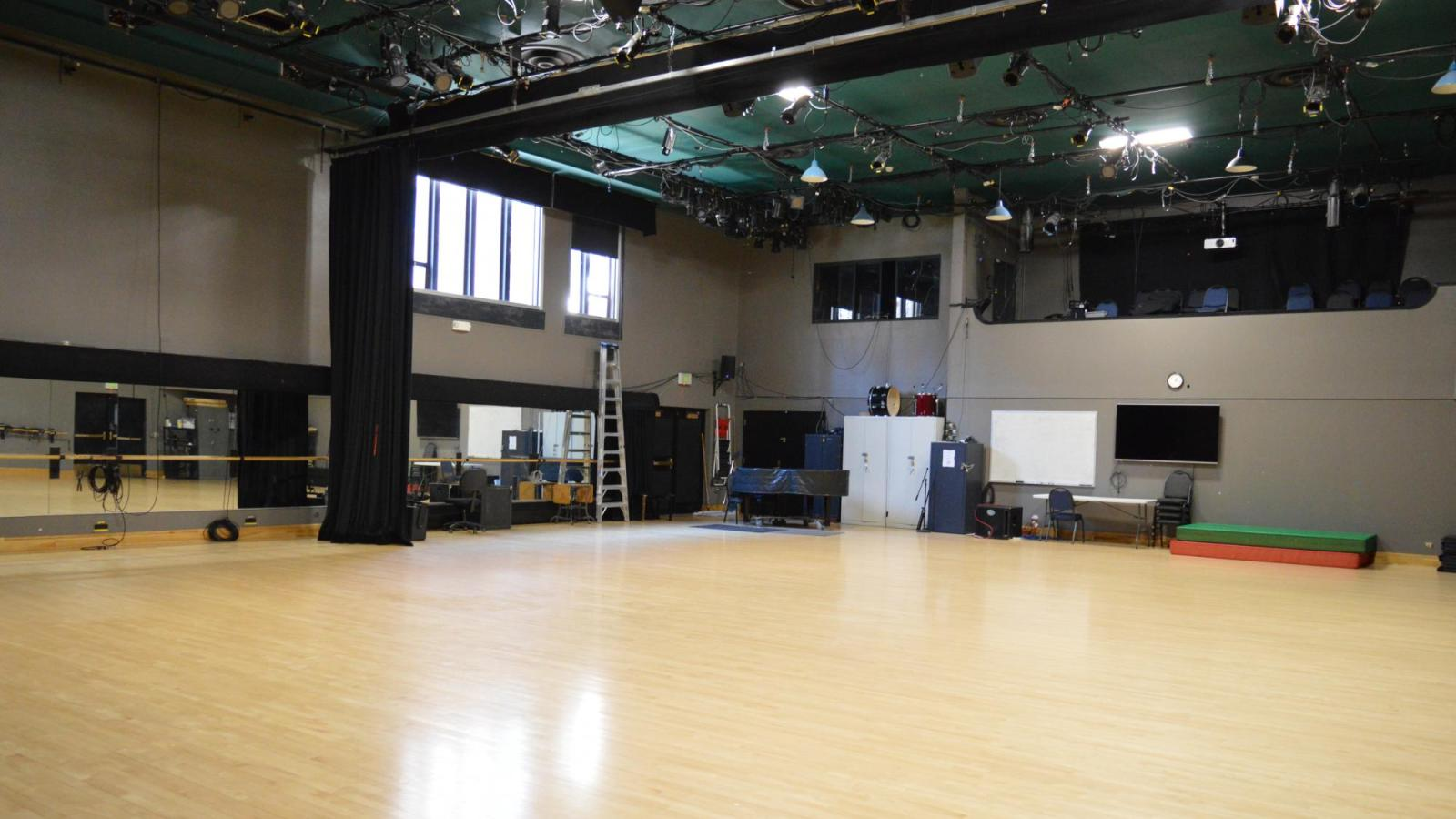 Irey Dance Theatre