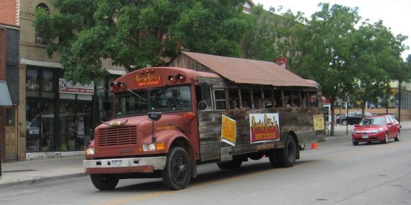 Banjo Billy bus tour