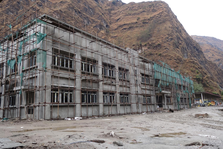 Construction on the new dryport below Tatopani on the Nepal-side of the Kodari-Zhangmu border