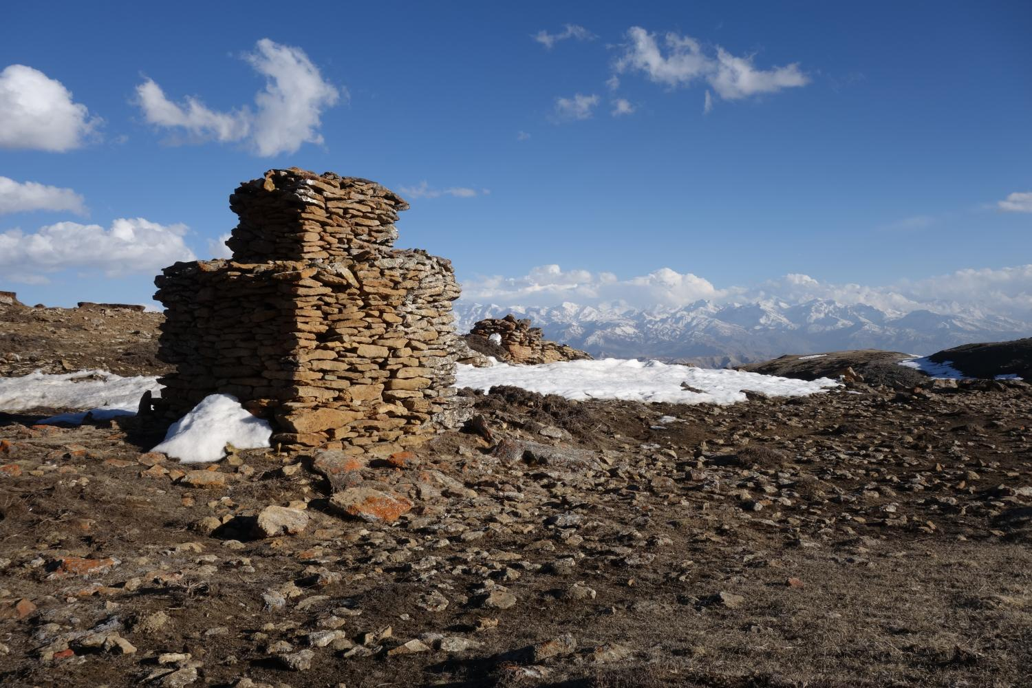 A secondary chorten marks the path of the Trans-Himalayan Salt Trade at the descent from the Kora-la to Neychung, Mustang