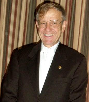 CU Boulder Distinguished Professor Marvin Caruthers