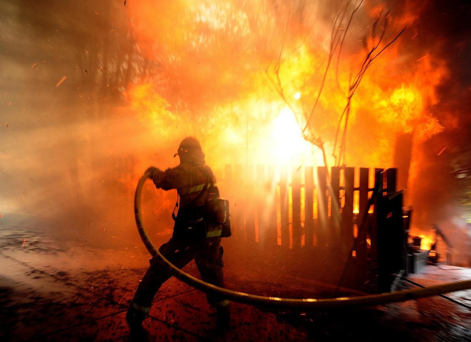 New era of western wildfire demands new ways of protecting people