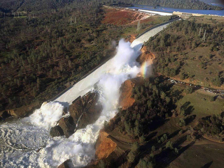 Risco de inundação de chuva sobre neve aumenta em muitas regiões montanhosas dos EUA