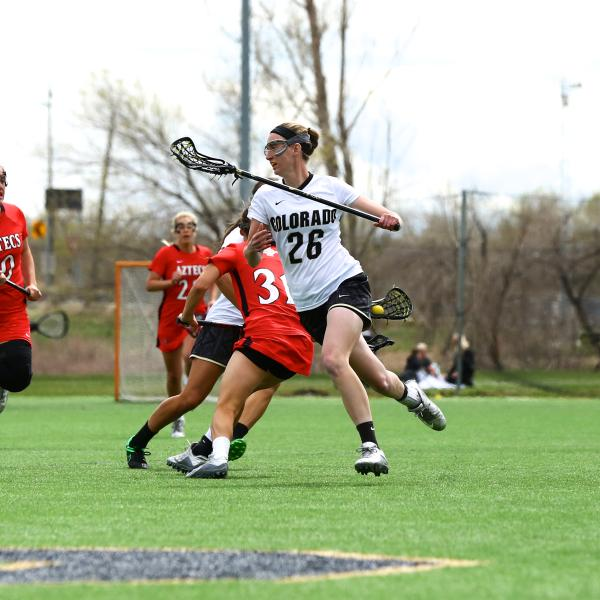 Maddie DeWinter on the lacrosse field