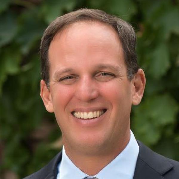 Headshot of Jeffrey York.