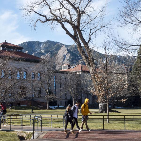 Students walk across campus, enjoying the mild weather. Photo by Patrick Campbell.