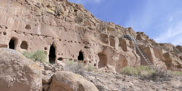 Ancestral cliff dwellings