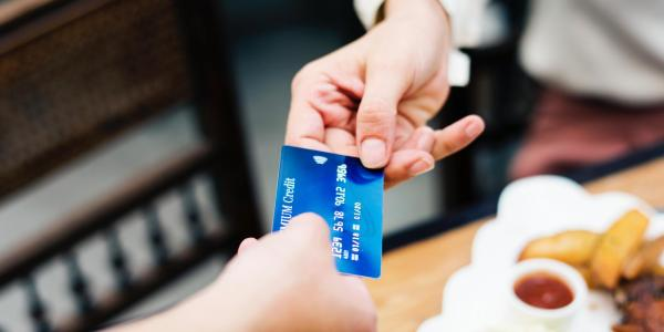 Person pays with credit card