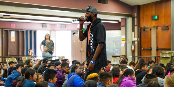 Devon Glover, The Sonnet Man, performing at Gracey Elementary School in Merced, CA