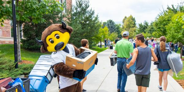 Chip at CU Move-In