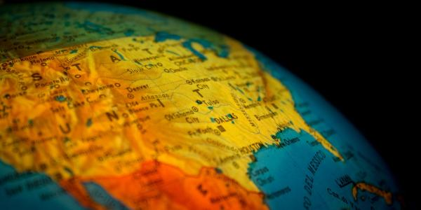 Globe showing map of United States