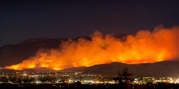 The Apple Fire burns north of Beaumont, California in July 2020. (Photo: Brody Hessin via Wikimedia Commons)