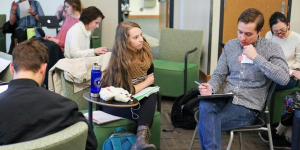 Students get help at fall write-in leading up to finals