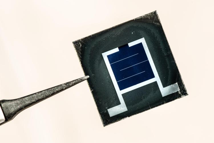 One solar cell