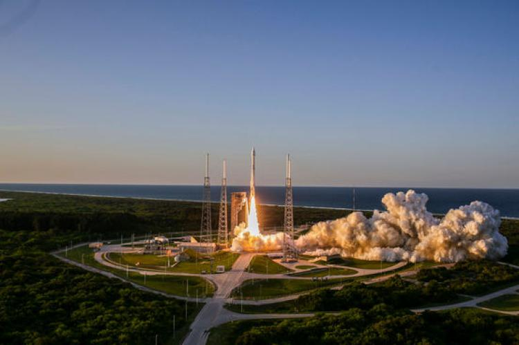 An Atlas V rocket carried the OSIRIS-REx spacecraft into space last night.