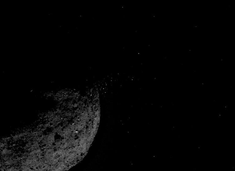 Image of particles ejected from the surface of Bennu in January 2019.