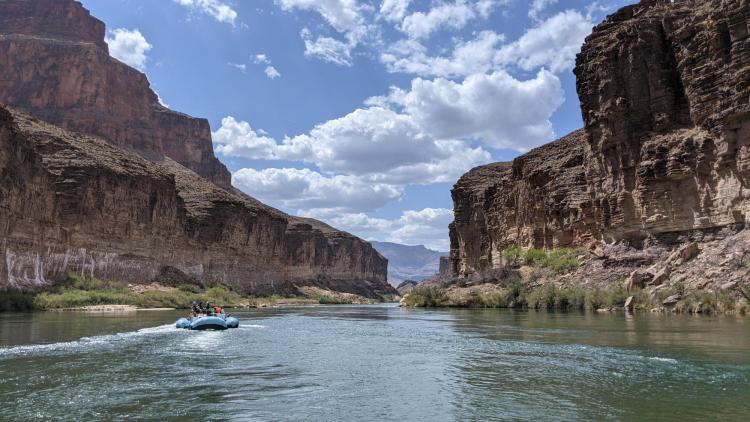 Boats rafting through the Grand Canyon