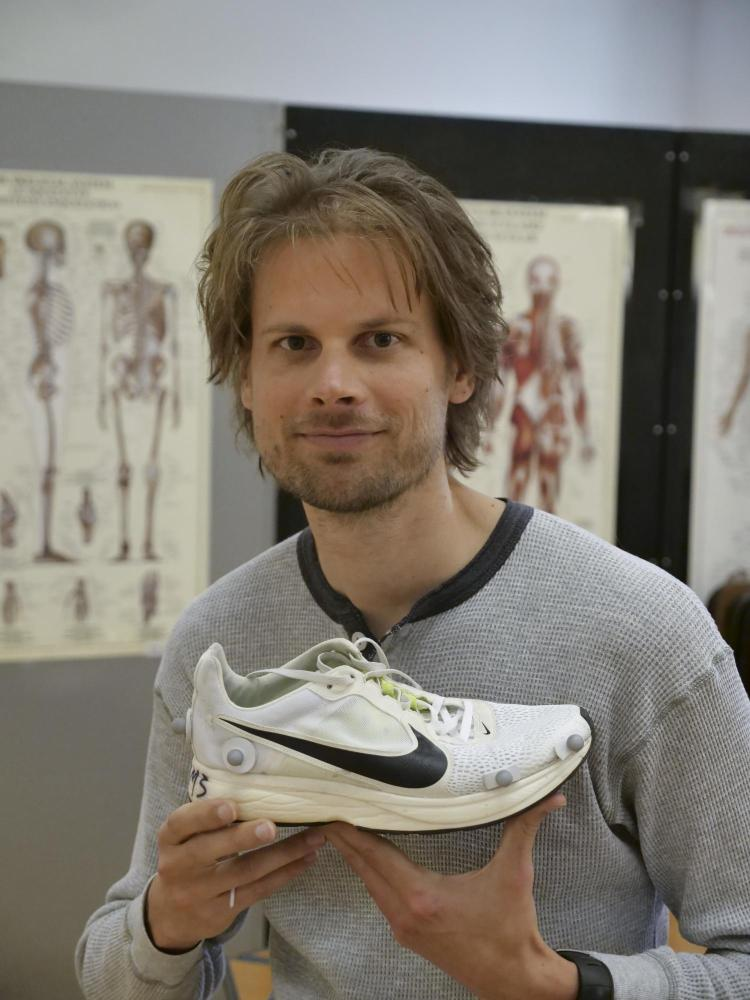 Wouter Hoogkamer with the 4% shoe