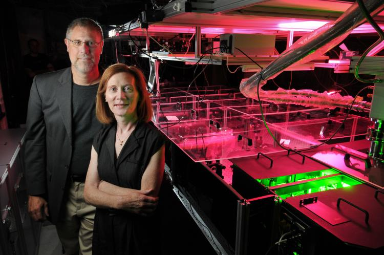 Distinguished Professor Margaret Murnane and Professor Henry Kapteyn, both of the physics department