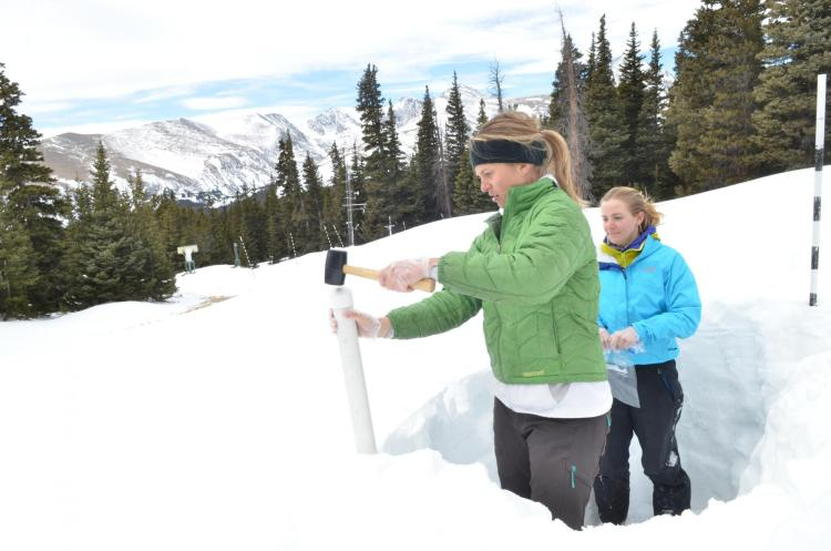 University of Colorado Boulder snow interns Katya Hafich, left, and Kendal Gotthelf at the Mountain Research Station near Niwot Ridge in the Indian Peaks Mountain Wilderness area.  (Photo by Casey A. Cass/University of Colorado)