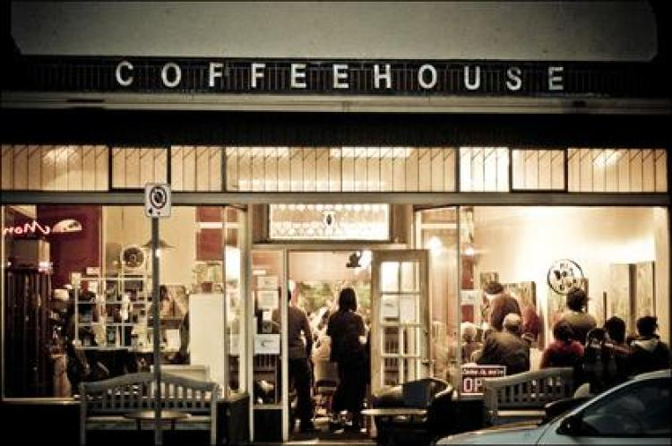 Night photo of a coffee house