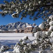 Snow on the CU Boulder campus
