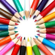 Circle of varying colored pencils