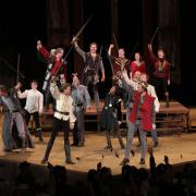 Cast of Henry VI on stage