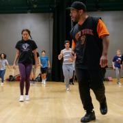 Larry Southall leads hip-hop class