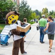 Chips helps during move-in 2018