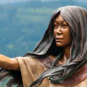 A photo of a statue of Sacagawea