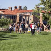 Students enter Farrand Field for Welcomefest