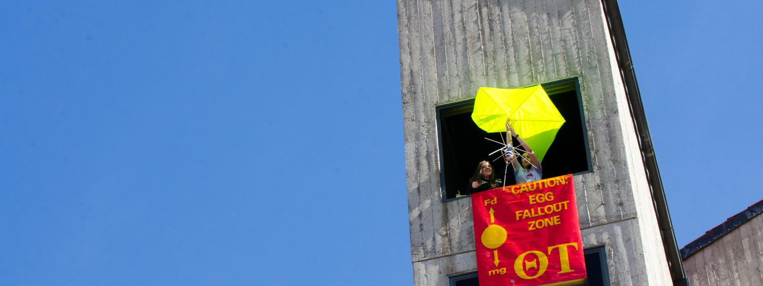 egg drop on e-days from the top of engineering tower