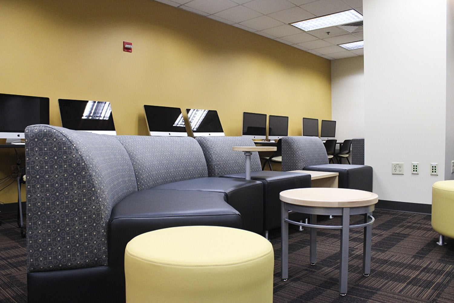 UMC WiFi Lounge