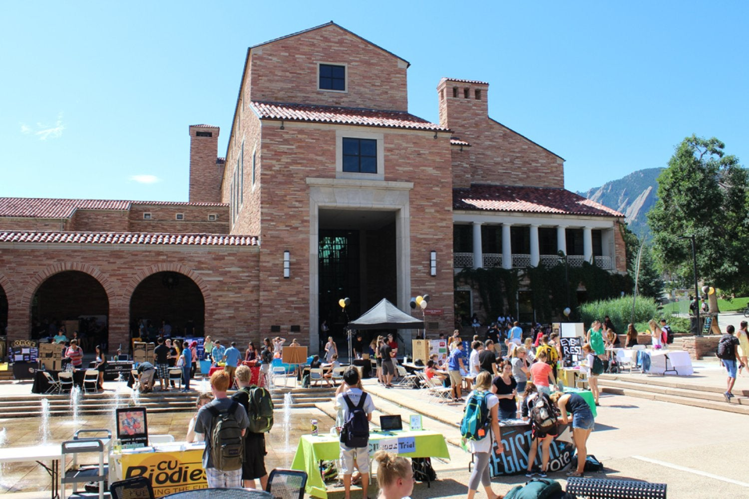 The Student Involvement Fair, where students meet and learn about over 100 student organizations and clubs on campus.