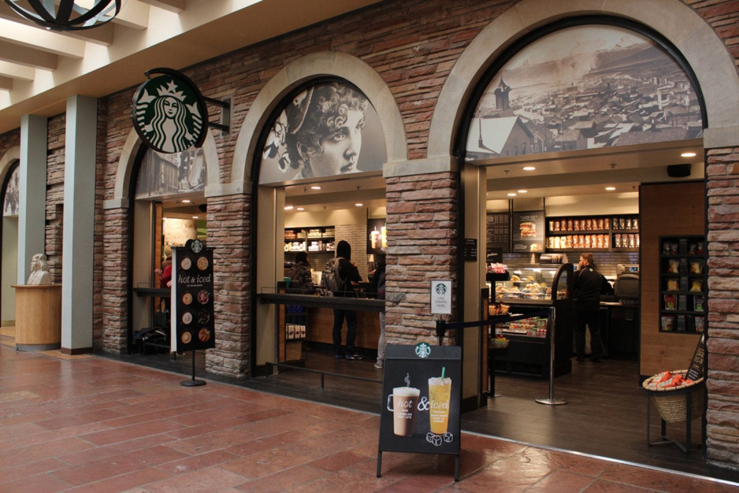Starbucks now open in the UMC, first floor