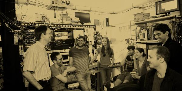 Faculty & students in a lab