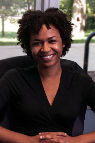 Joelle Cruz